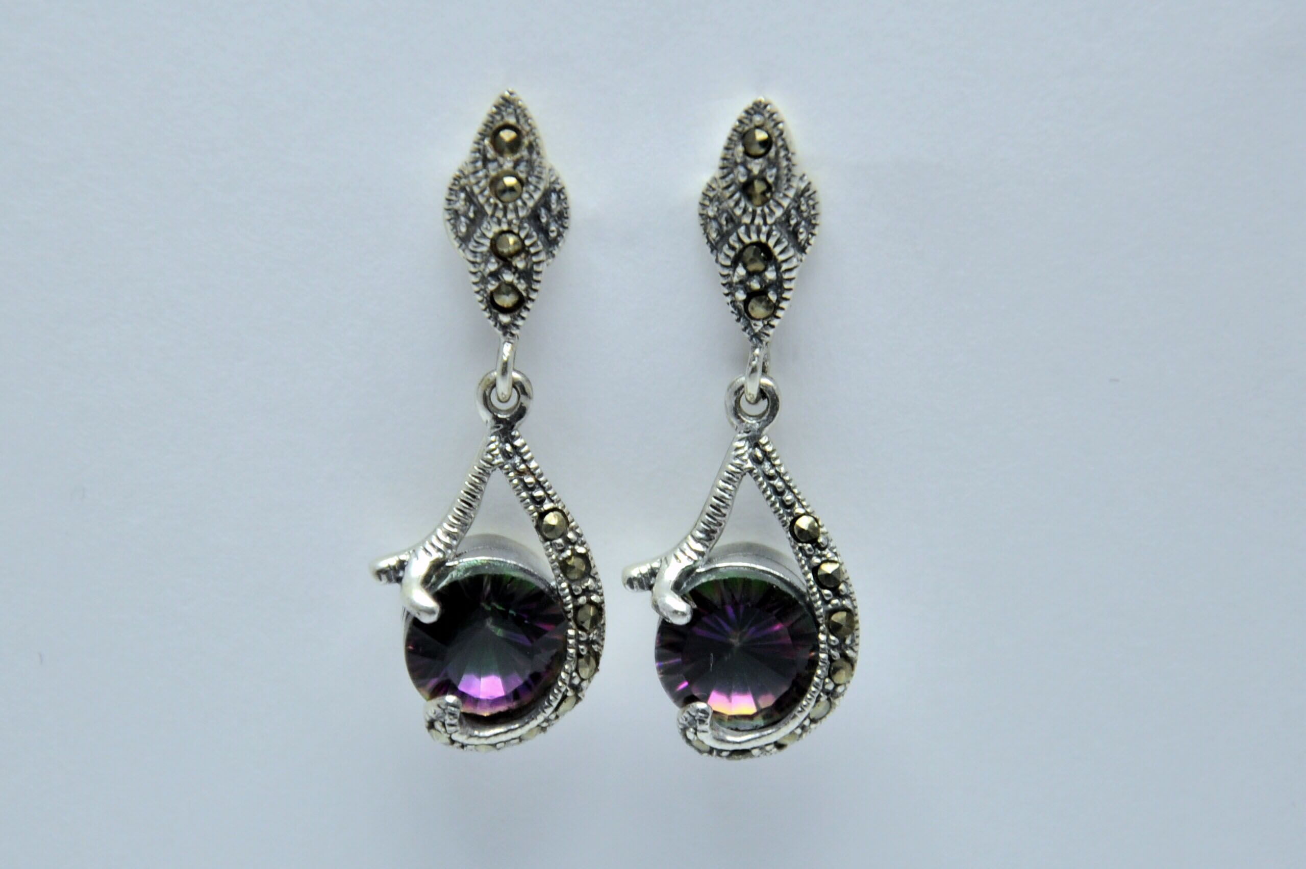 Earrings marcasite with crystal €30