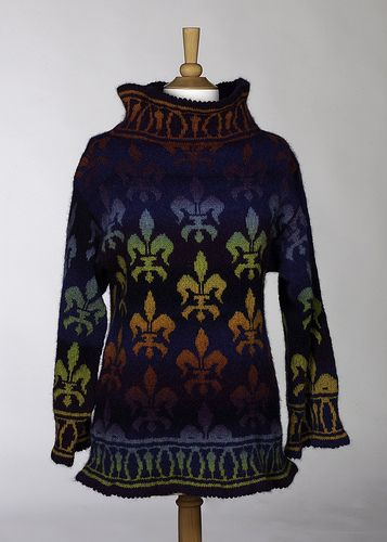 Fleur de Lis sweater by Denise Kovnat, via Flickr