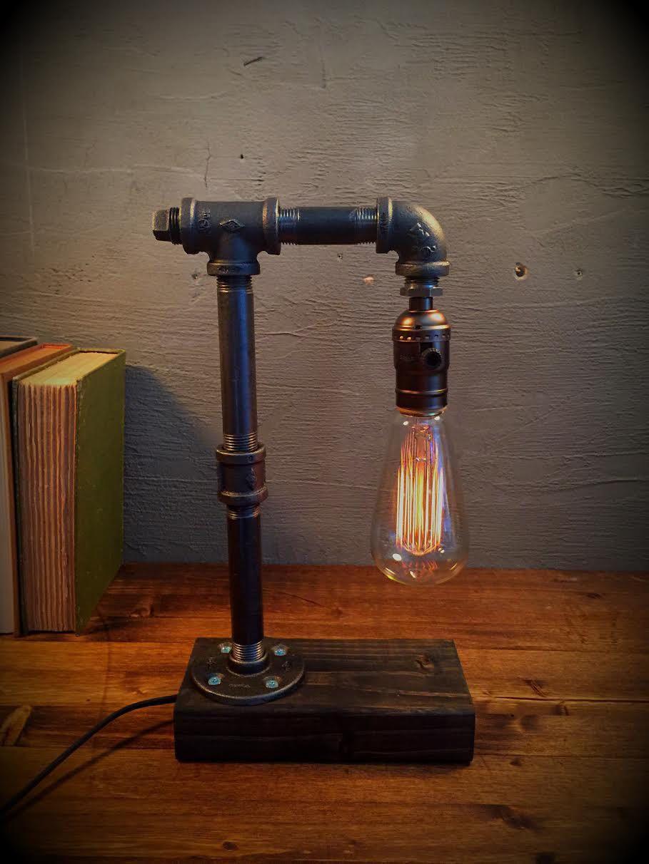 Table Lamp Desk Lamp Edison Steampunk Lamp Rustic Home Etsy Lampada Con Tubi Idraulici Lampade Rustiche Lampada Da Scrivania