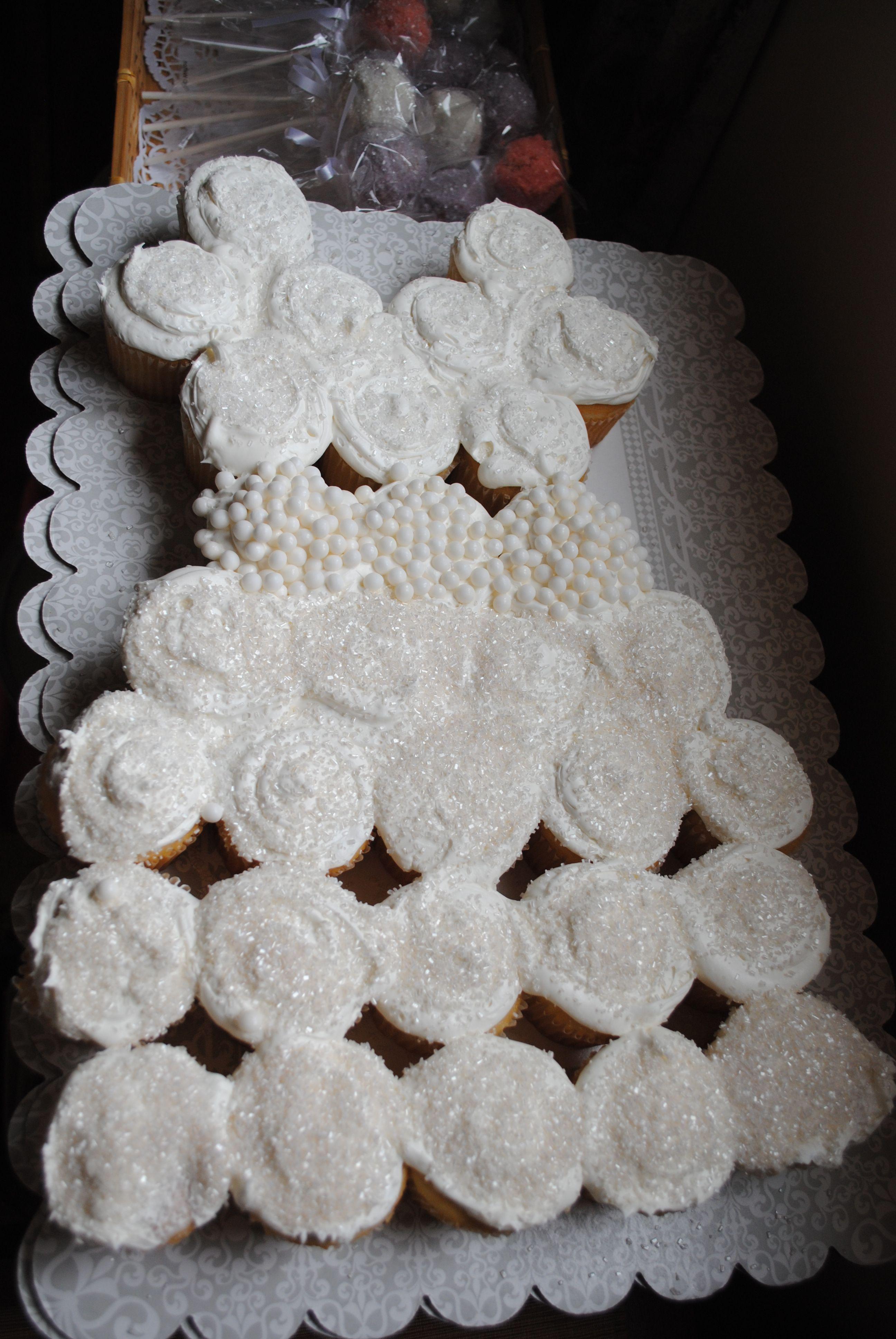 wedding dress pull apart cupcakes