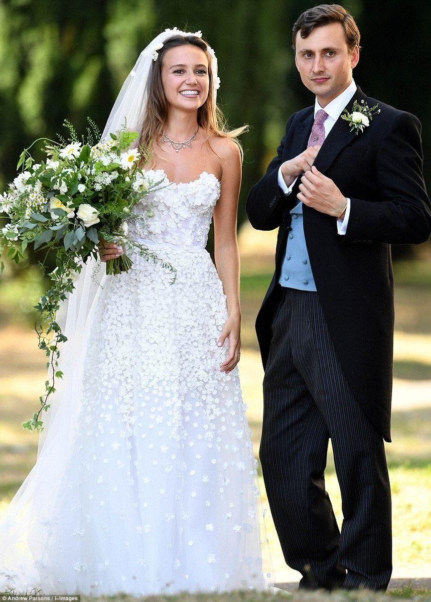 Daisy Jenks Wedding Dress Wedding Dresses Princess Wedding Dresses Wedding [ 1200 x 859 Pixel ]