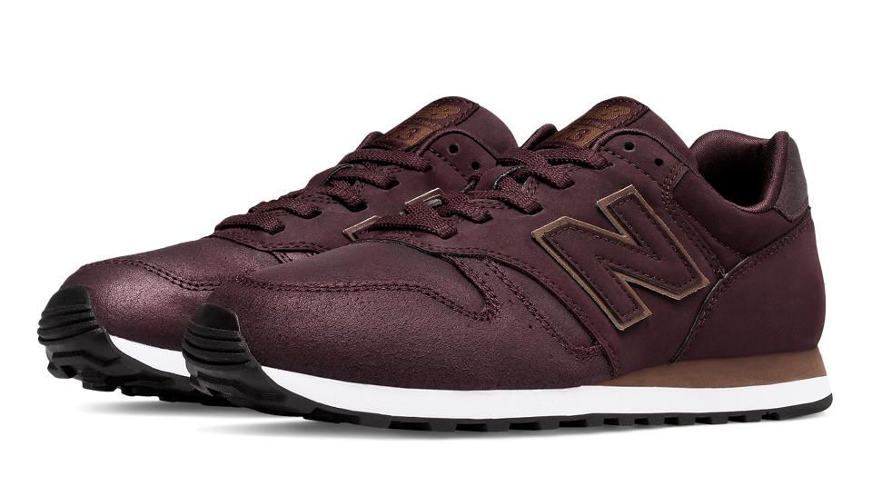 New Balance 373 Modern Classics, Burgundy with Gold ...