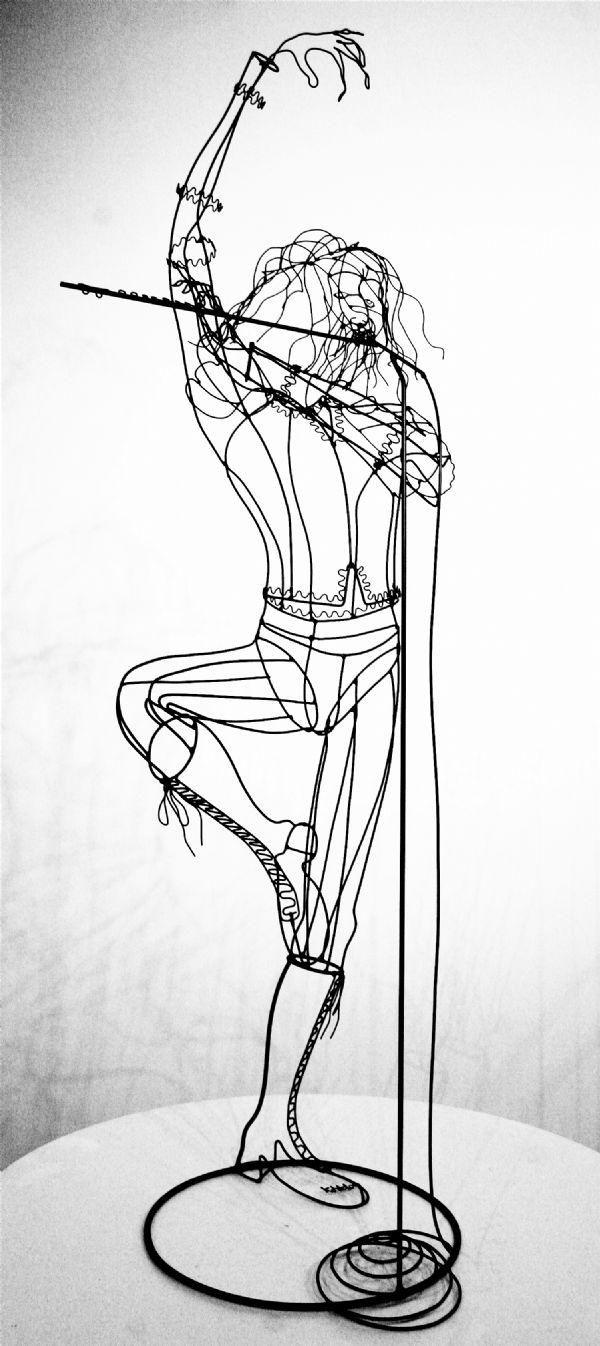 Modelos y propuestas de escultura en alambre #ritmo #movimiento ...