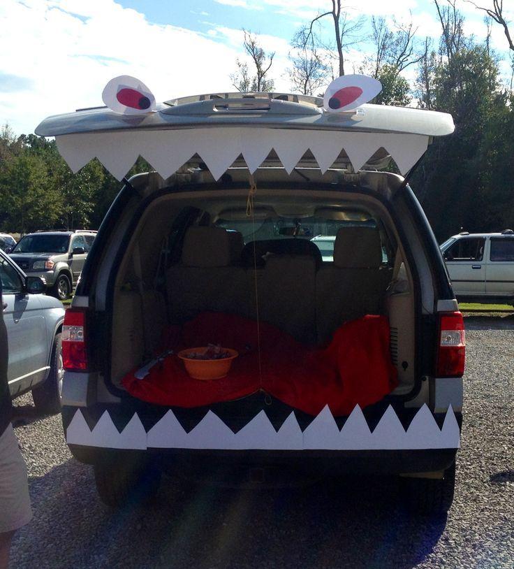 ddba06af3dc9bef45c26ee962882becajpg (736×814) Halloween Pinterest - halloween trunk or treat ideas