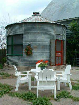 Grain Silo Turned Into Pool House There S A Blow Up Pool Inside For Year Found Use Small House Farm Buildings Silo House