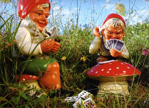 Funny Gnomes: Poker Playing Gnomes...