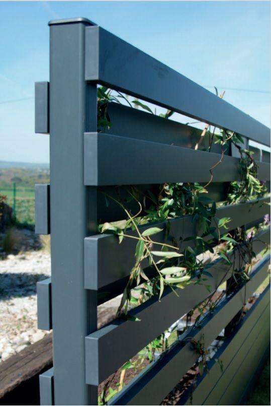 Cloture Alu A Vegetaliser Quinconce Hauteur Jusqu A 2m Pour Palier Aux Contraintes D Urbanisme Palissade Alu Portillon Sur Mesure Portail Alu