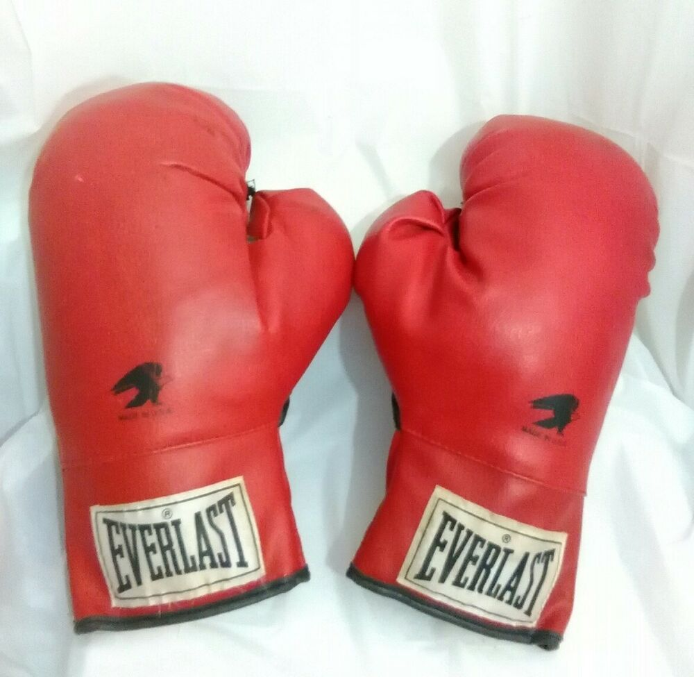 Ebay Sponsored 1 Pair Vintage Everlast Boxing Gloves Red W White Tag Mens 14 Oz Usa Everlast Boxing Gloves Everlast Boxing Everlast