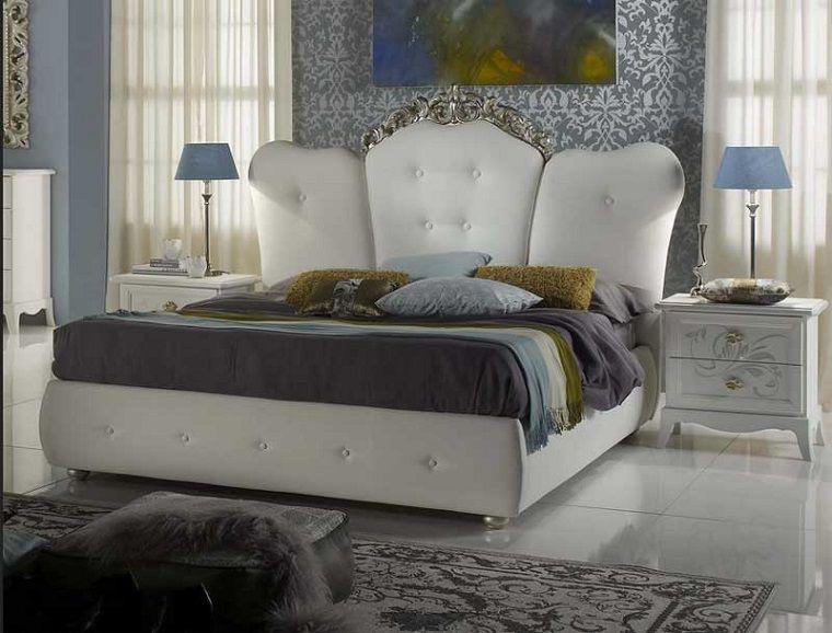 Idee arredamento classico zona notte letto imbottito testa comodino