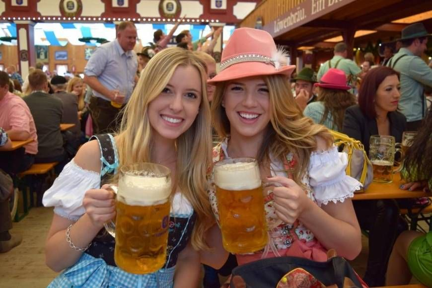 Sexy Dirndl Girls  100 Hot Oktoberfest Girls, Cleavage -3981