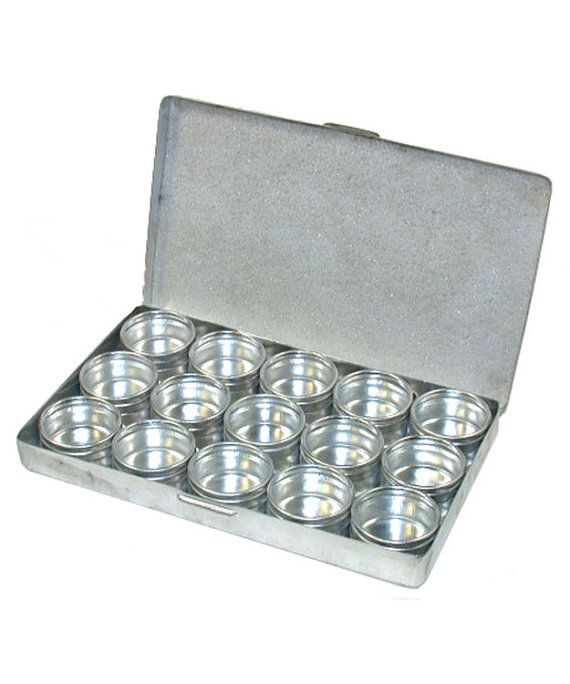 Metal Storage Box With 15 Glass Top Jars Bx1015