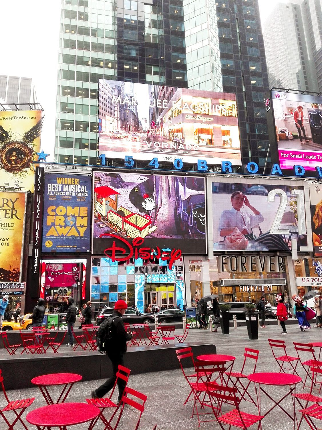 Times Square And The Red Chairs Timessquare Newyork Red Square City Travel Usa Times Square Red Chair City