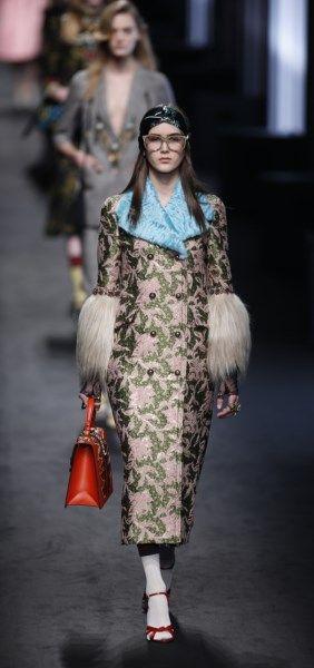 Gucci introduceert omastijl met een moderne knipoog - Het Nieuwsblad: http://www.nieuwsblad.be/cnt/dmf20160225_02148828?pid=5377350