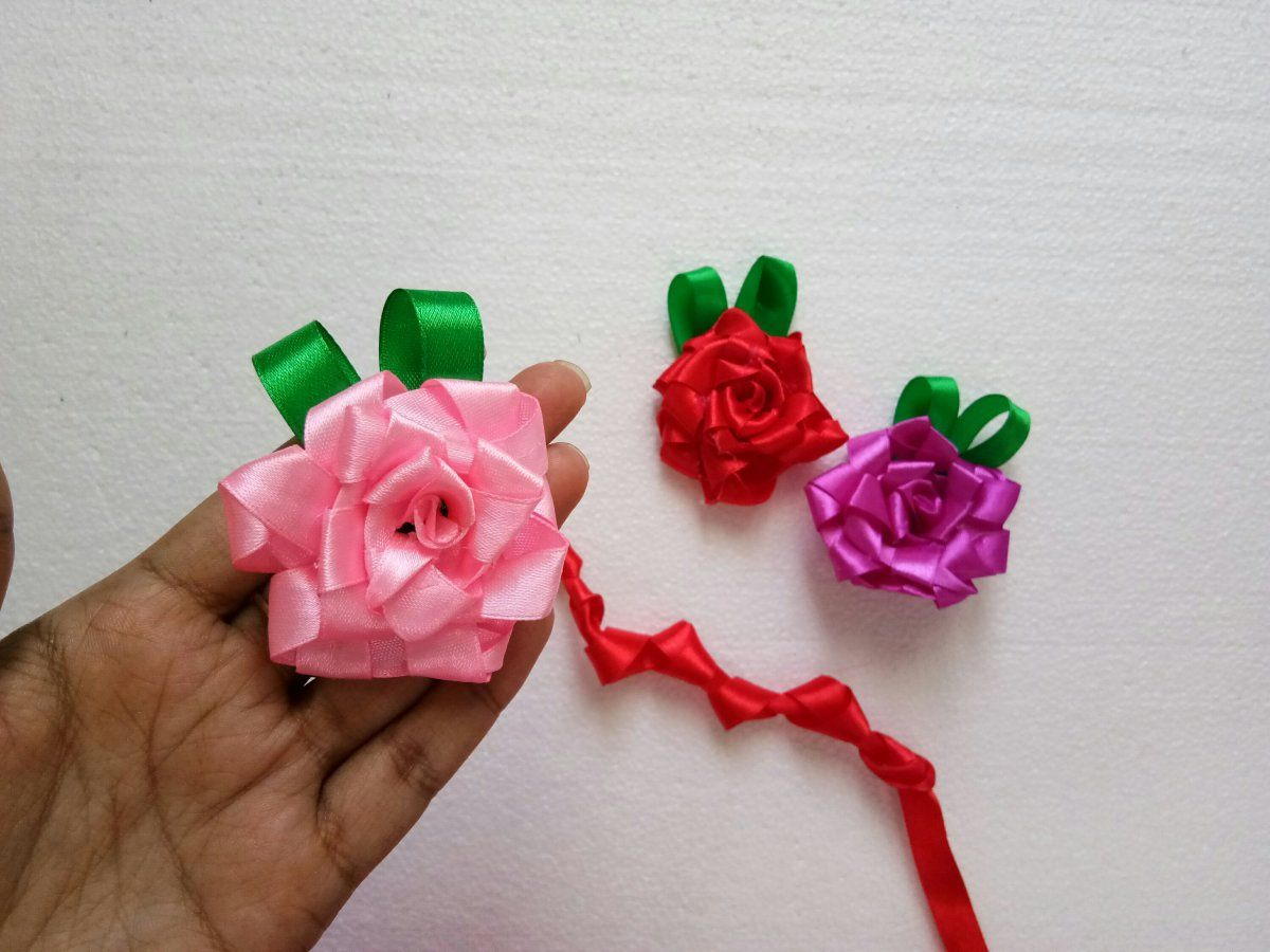 Easy Diy Technique To Make Ribbon Flowers Easy Craft Ideas