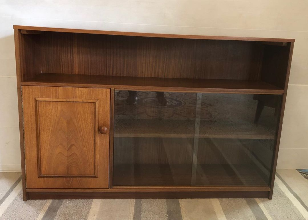 1970 S Teak Bookcase Stateroom By Stonehill With Shelf Cupboard And Twin Sliding Glass Doors Antiques Antique Antique Furniture Sliding Glass Door Cupboard