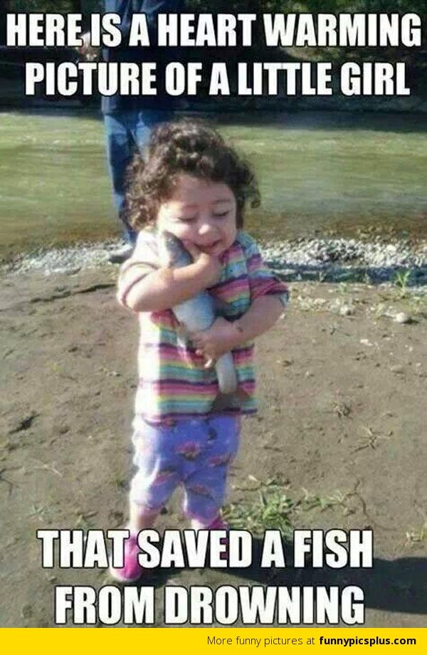 06bcde3f8ff2b2051a5b3b6a1e455c01 little girl saved a fish from drowning funphotololz kids meme
