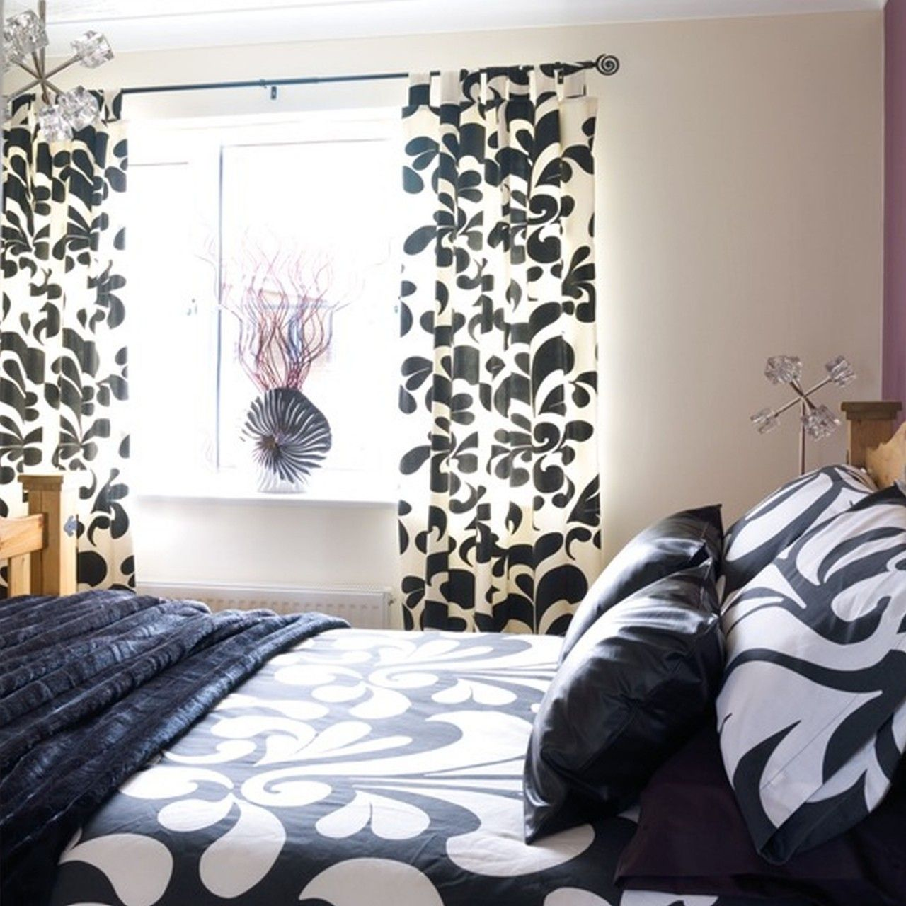 Black And White Bedroom Curtains White Curtains Bedroom