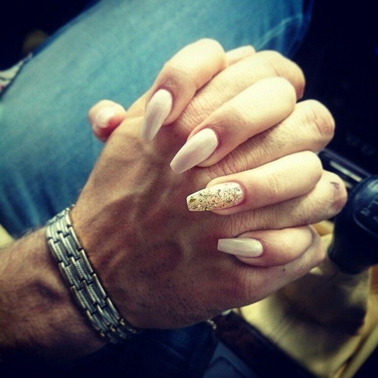#coffin #elegant #nails #design #golden #glitter #natural #love #happiness #RangeRover 💞💅🎀