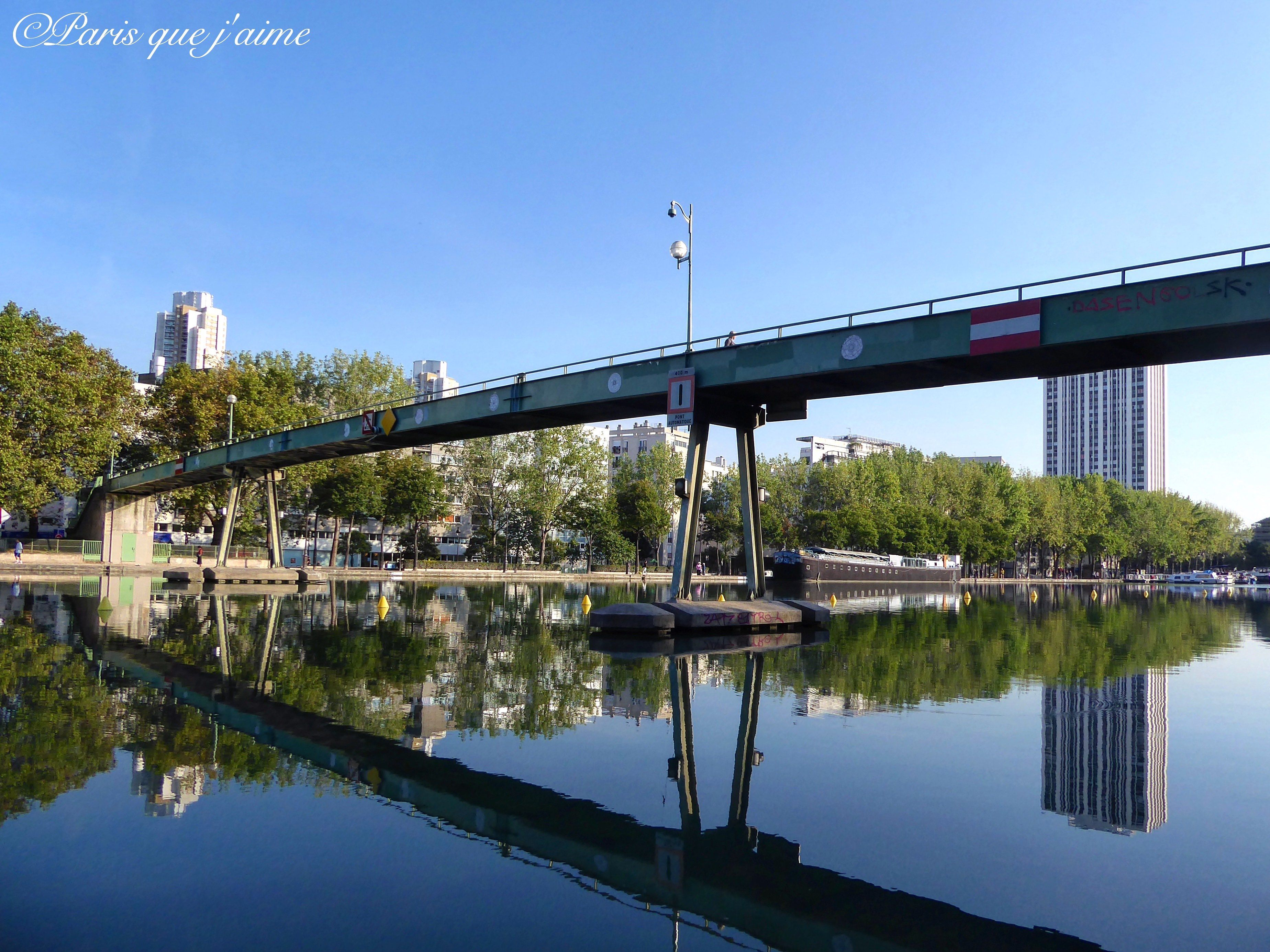 Passerelle Bassin De La Villette Paris Pont Paris Paris Ile De