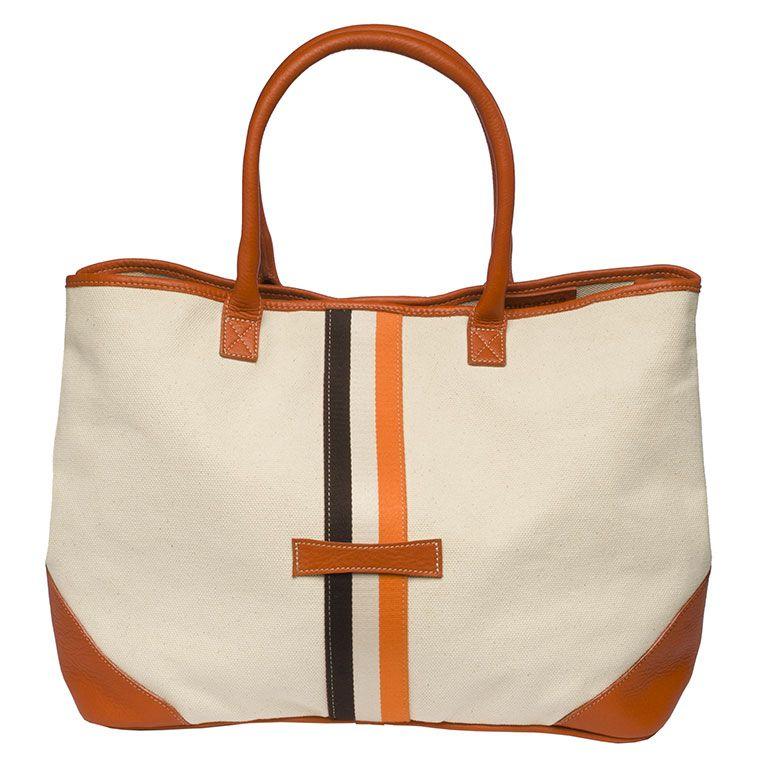 ffaeb58f9c Equestrian handbag inspired by an equestrian lifestyle