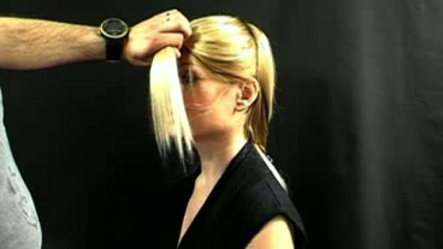Comment se couper les cheveux en d grad tape 6 ma petite coiffure pinterest galeries - Comment couper une frange en degrade ...