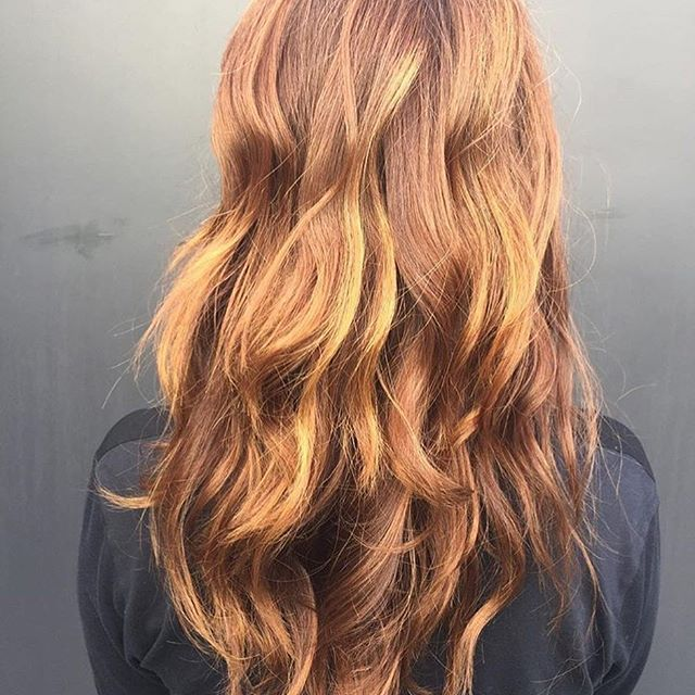 In love with this coppery red by @amandageorgehair  #hair #haircolor #hairenvy #hairstyles #copper #red #redhair #americansalon #behindthechair #modernsalon #maneinterest #inspiration #goodhairdays #jonathanandgeorge