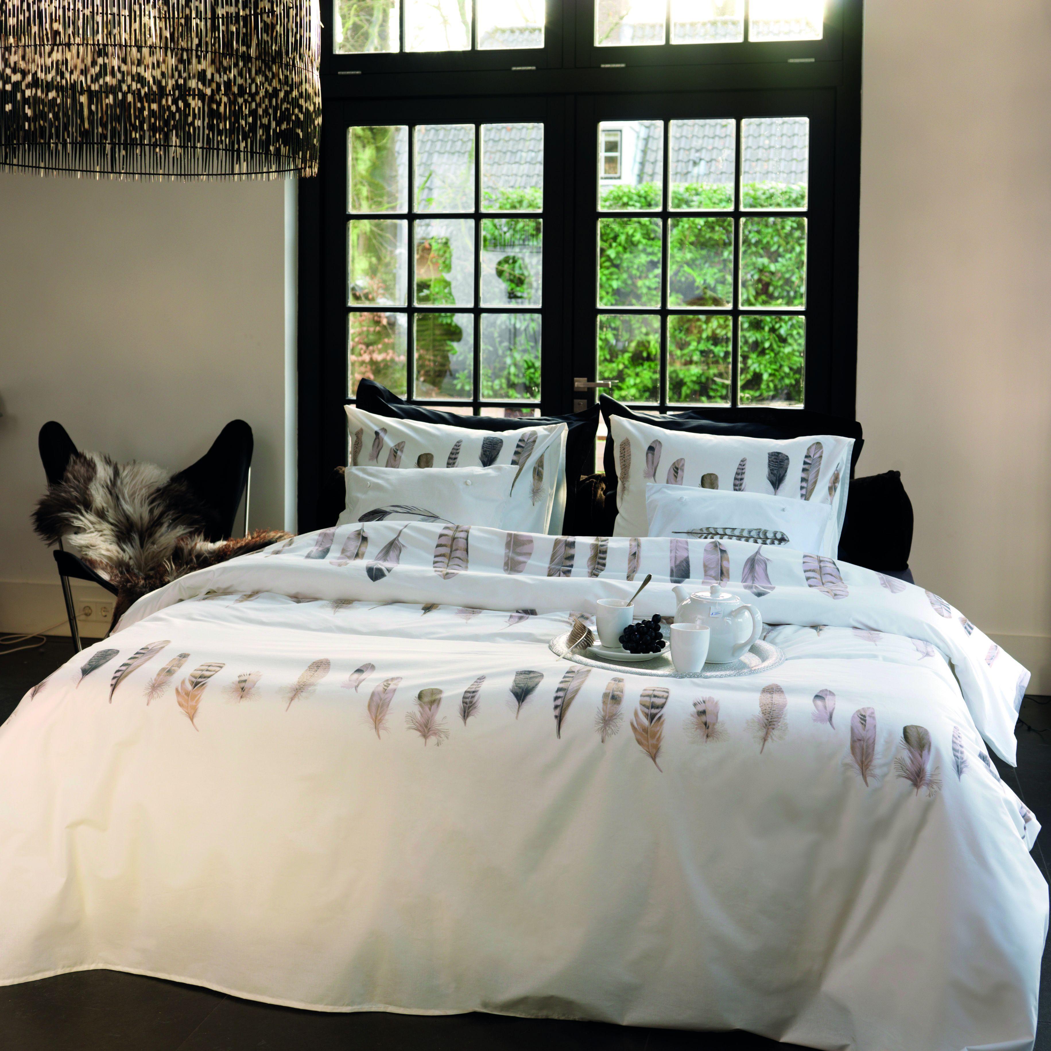 Romantische slaapkamer inrichting : het mooiste interieur bij u thuis.