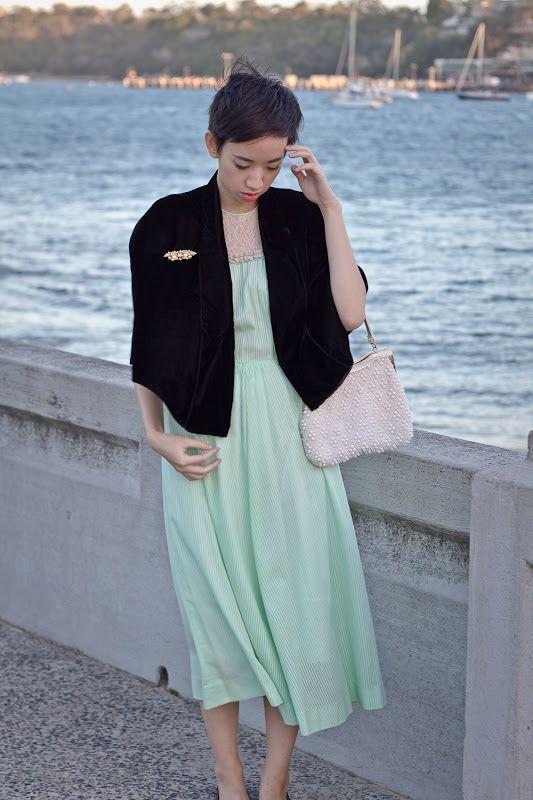 NoraFinds   Vintage Fashion Blogger Sydney   Velvety Goodness   Outfit Post
