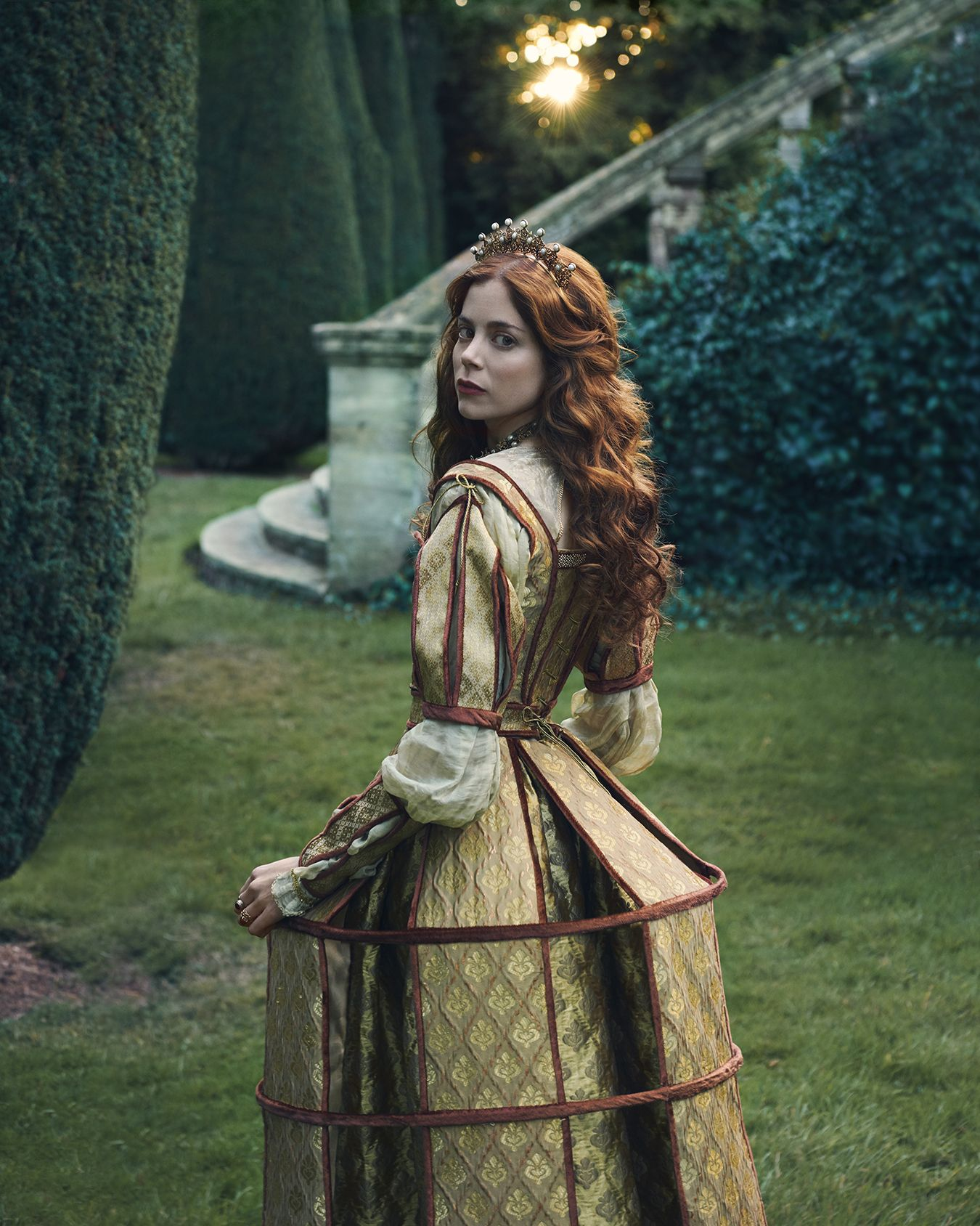 'The Spanish Princess' Cast Teases Sizzling Royal Drama in