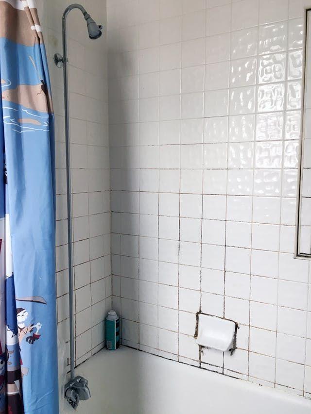 7 Ideas To Make An Old School Tiled Bathroom Look New And Fresh Pink Bathroom Tiles Retro Bathrooms Vintage Bathrooms