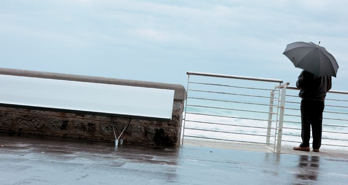 Outdoor Aero Bench - @Davis Furniture #design #interiordesign #outdoors