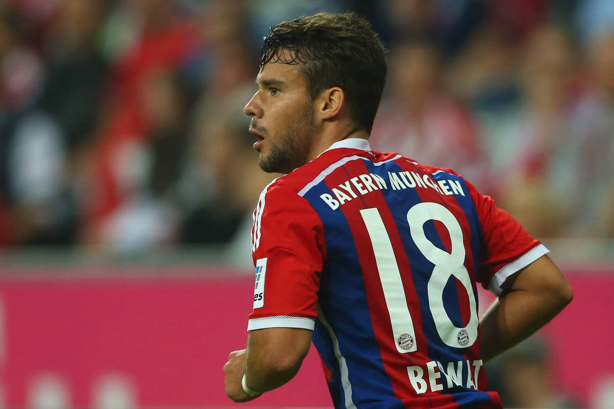 Bernat makes his Bundesliga debut for Bayern. Willkommen! Bayern vs Wolfsburg 22.08.14