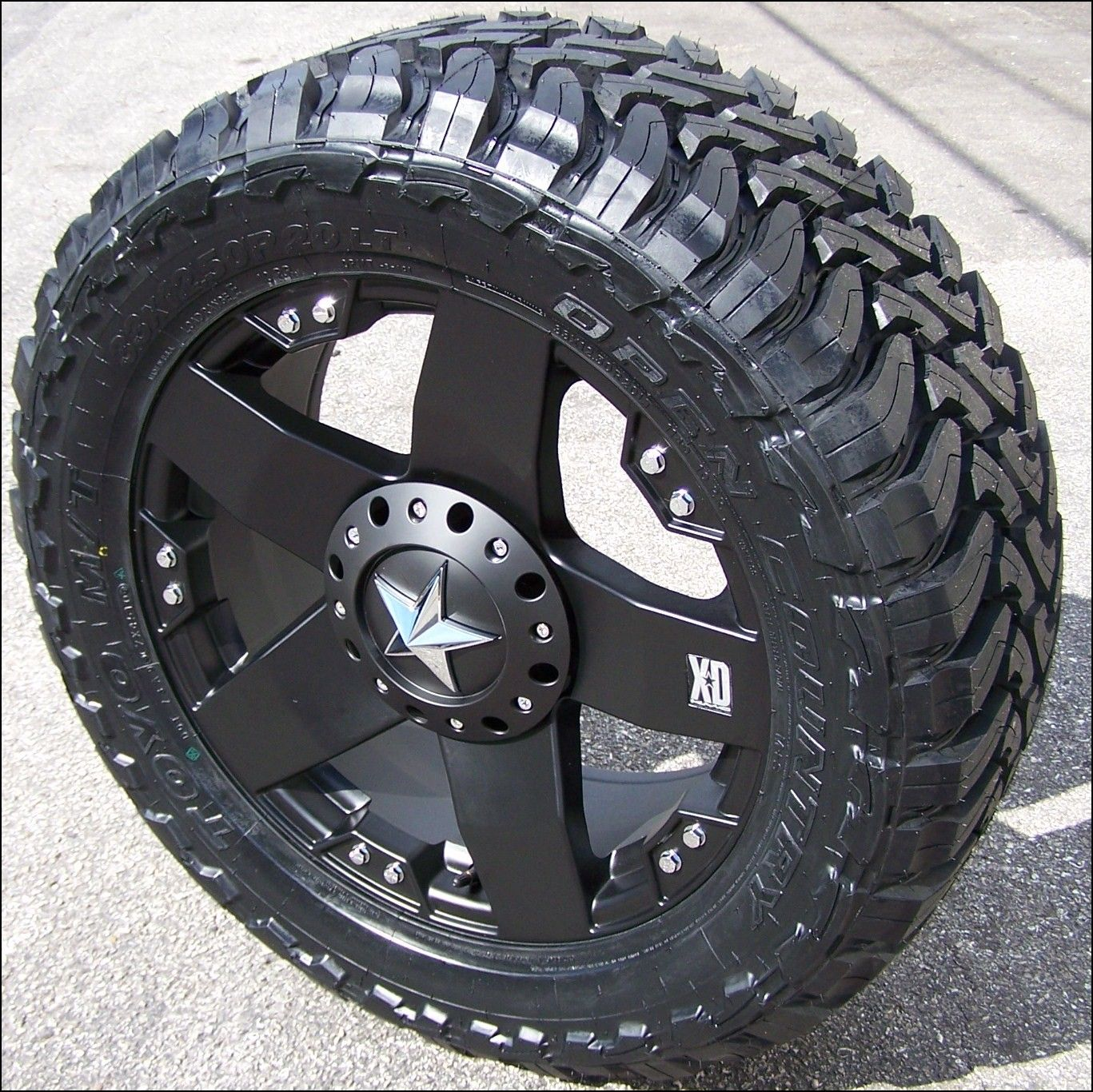 33 Inch Tires 18 Inch Wheels Roadtires Jeep Pinterest Jeep