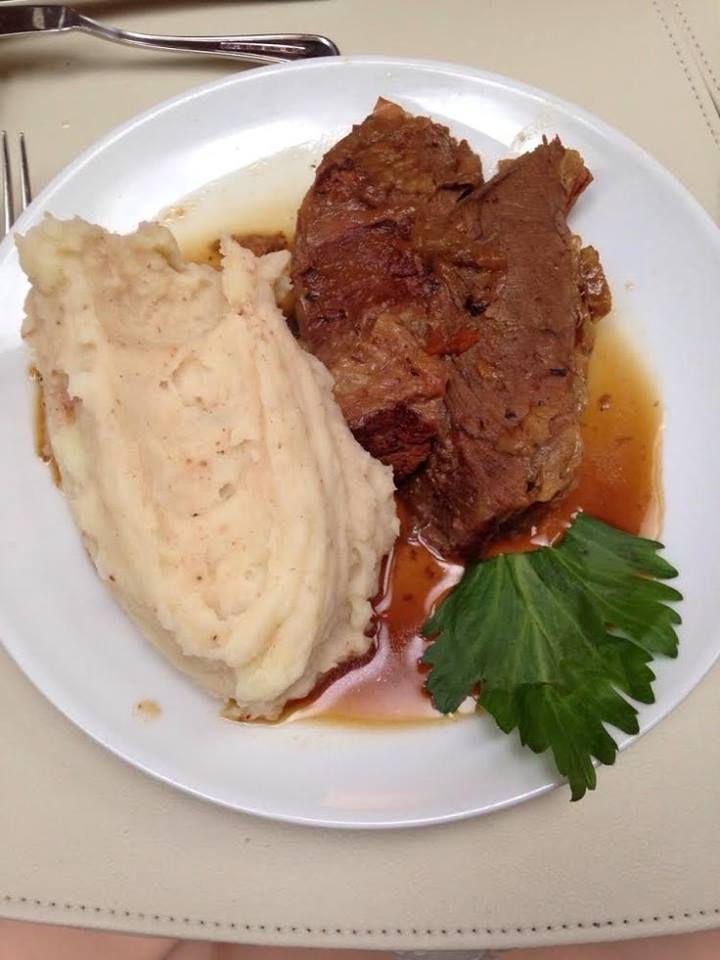 """#RecetasCotiza: Una opción para el almuerzo de hoy """"Carne al jugo con Puré"""" #food #almuerzo #cotizaimprenta #Chile"""