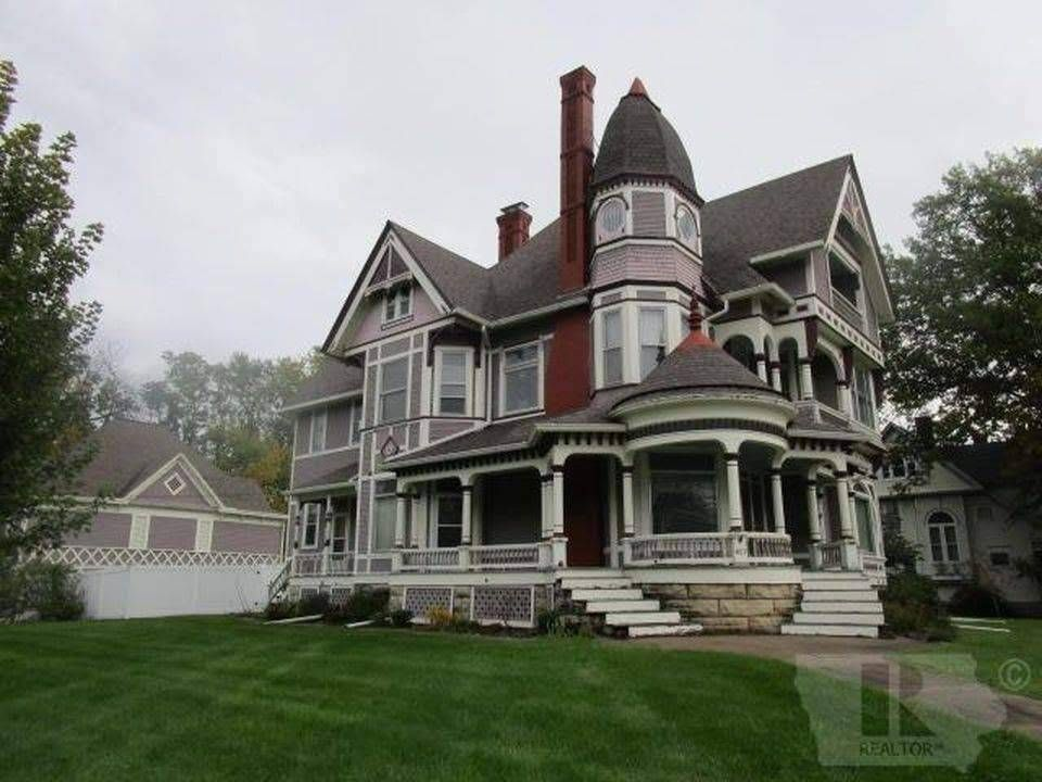 1896 victorian for sale in fairfield iowa houses old house rh pinterest com