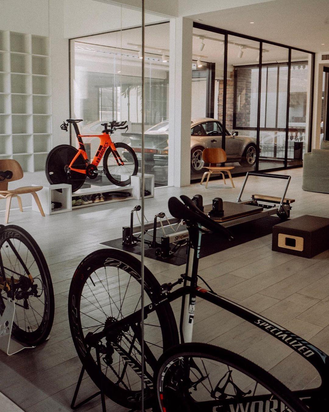 Living In A Garage
