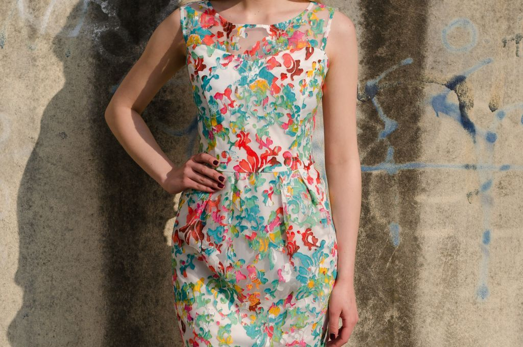 Beautiful dress with lace with floral prints from Be Chic Fashion