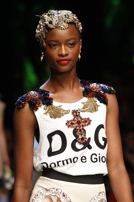 Dolce   Gabbana Spring 2017 Ready-to-Wear Accessories Photos - Vogue c9a1b92a444