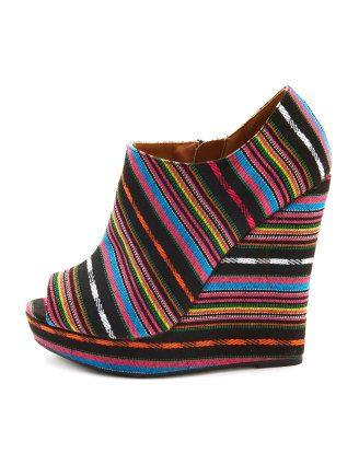 Release your inner hippie  http://www.charlotterusse.com/product/index.jsp?productId=12093103&cp;=4238904.10965636.3926740