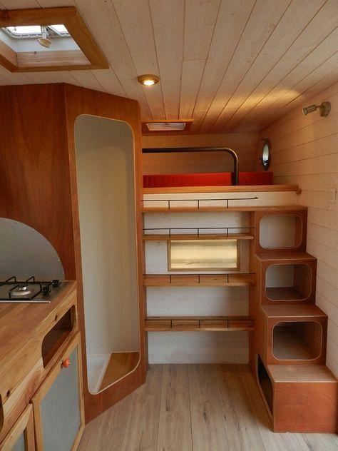Kombination von Schlaf- und Stauraum elegant gelöst Camping-cars
