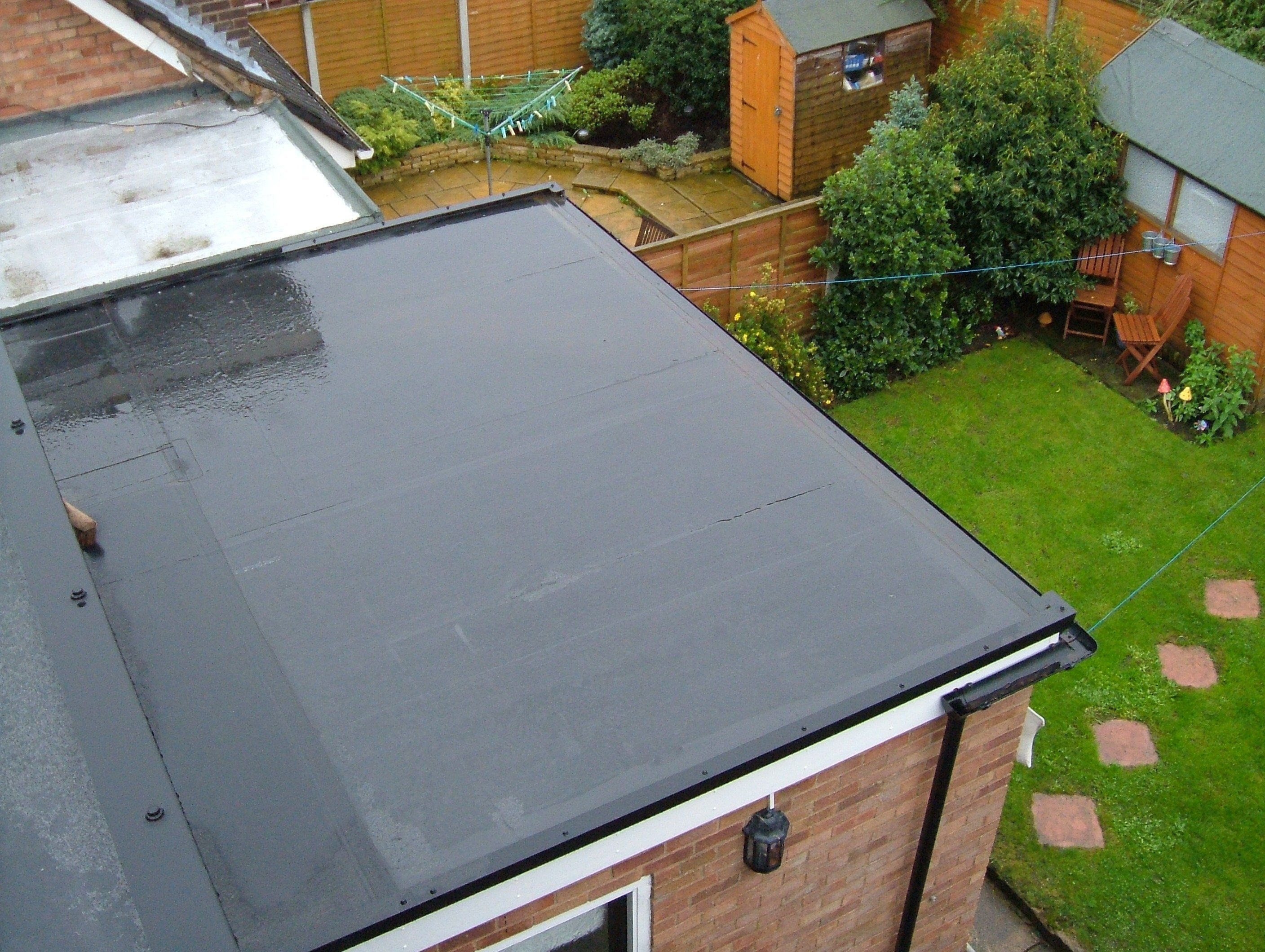 Rubber Sheets Roof Tops Are As Good As Concrete Flat Roof Materials Flat Roof Repair Flat Roof
