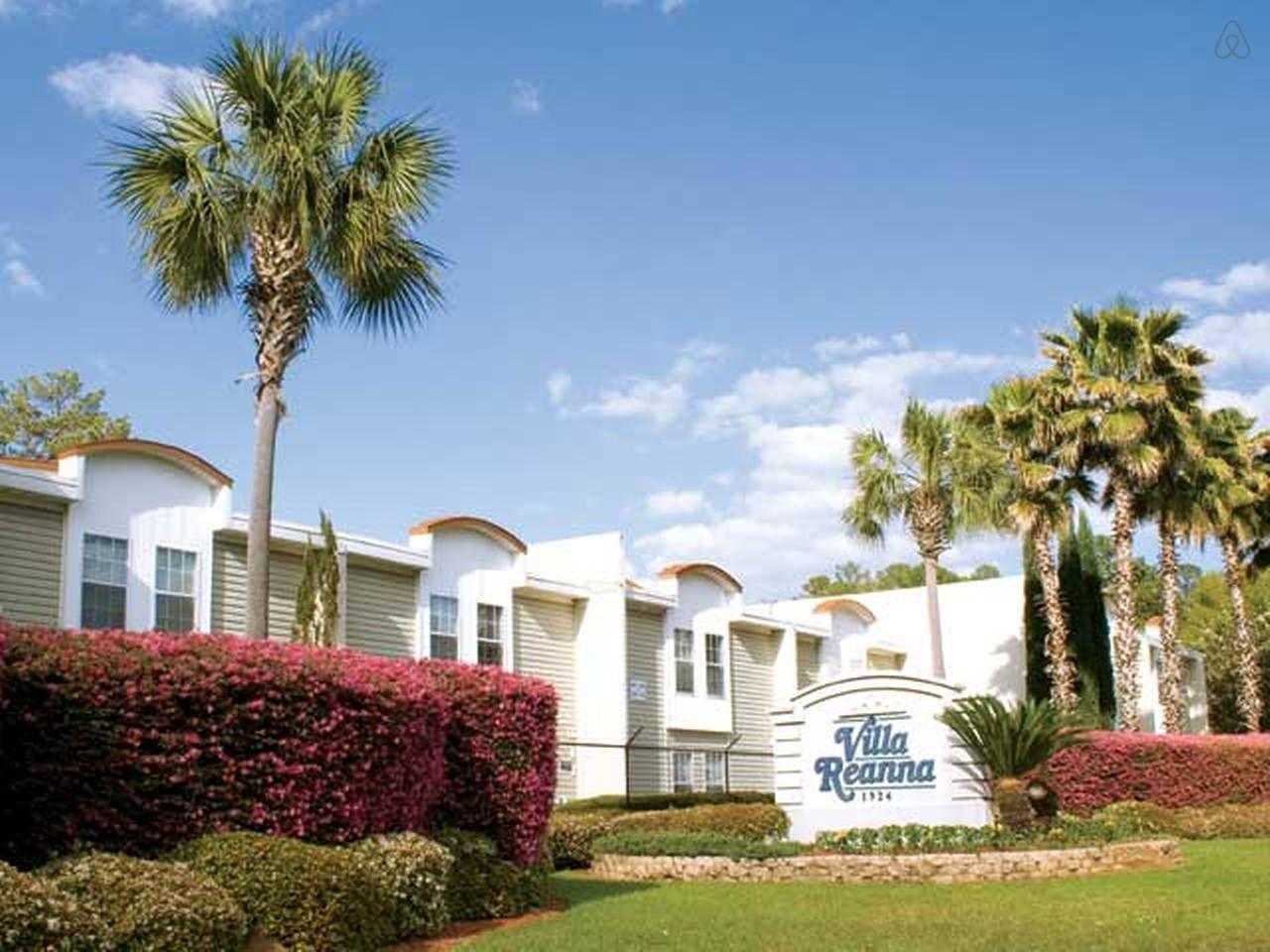 2 Bedroom Apartment Near FSU in Tallahassee Florida