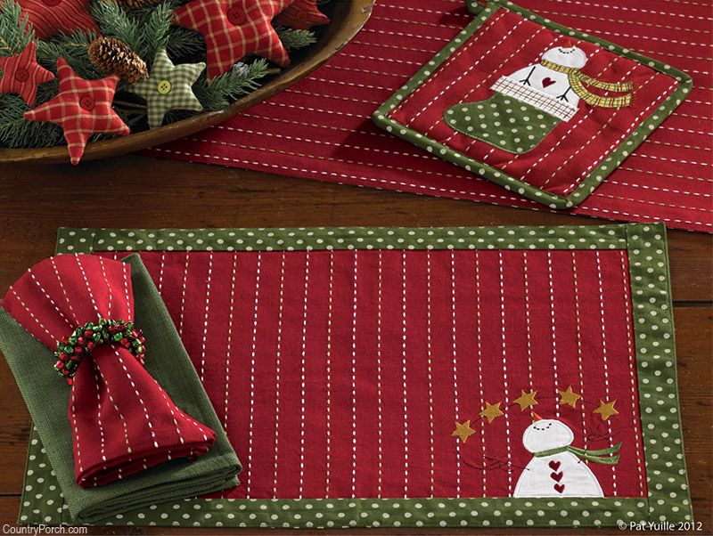 The Country Porch Features The Home For Holidays Christmas Decorating Theme From Park Designs Christmas Placemats Christmas Themes Decorations Christmas Quilts