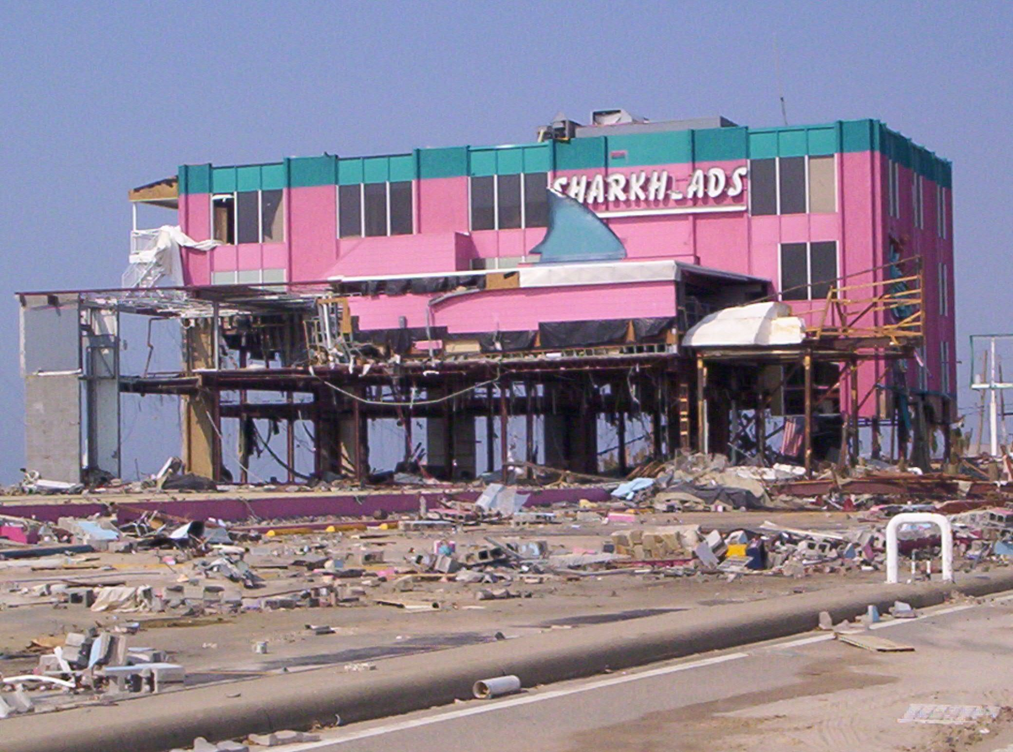 Hurricane Katrina Destroyed Sharkheads Biloxi Ms This Was Right Across The Street From Our Old Apartments We Hurricane Damage Storm Surge Hurricane Katrina