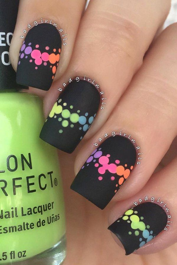 You can still enjoy rainbow nail art designs with matte nail polishes.  Choose a black matte as the base so the colors will really be distinct. - 30+ Rainbow Nail Art Ideas Nokti Pinterest Uña Decoradas
