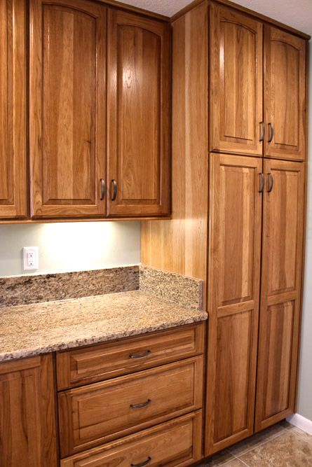 Advantage by bridgewood hickory fruit wood finish 4 in back splash cabinets to the ceiling - Stain inside of cabinets ...