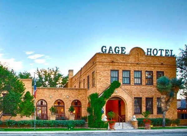10 Haunted Hotels In Texas To Visit For Halloween Haunted Hotel Hotel Cool Places To Visit