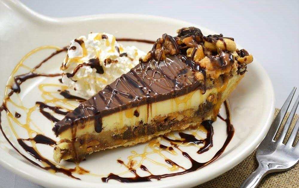 Snickers Pie The Machine Shed Restaurant Recipe 2 9 Inch Oreo Pie
