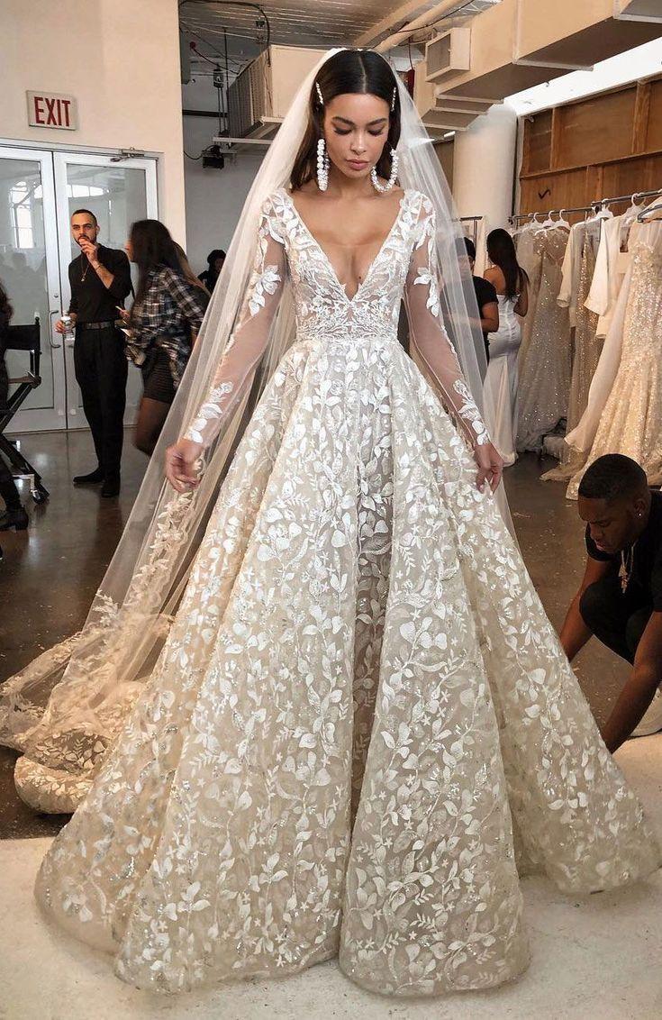 The most incredibly beautiful wedding dress - Romantic Wedding
