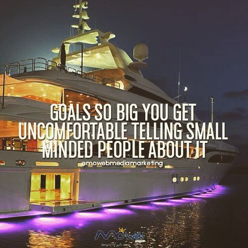 Never surround yourself with small minded people! #agencypower #agencylife #quote #motivation #marketing #marketingdigital #success #sundayfunday #inspiration #goodvibes #goodfriends #goodvibesonly